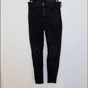 Black ripped American eagle skinny jeans stretchy